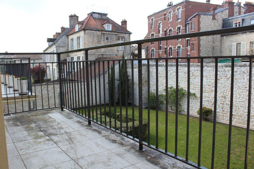 Appartement à vendre 3 89m2 à Senlis vignette-4