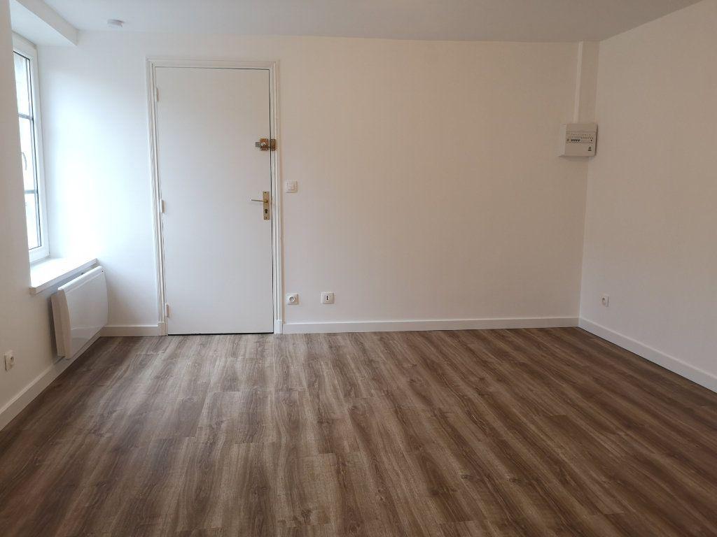 Appartement à louer 1 18.95m2 à Senlis vignette-4