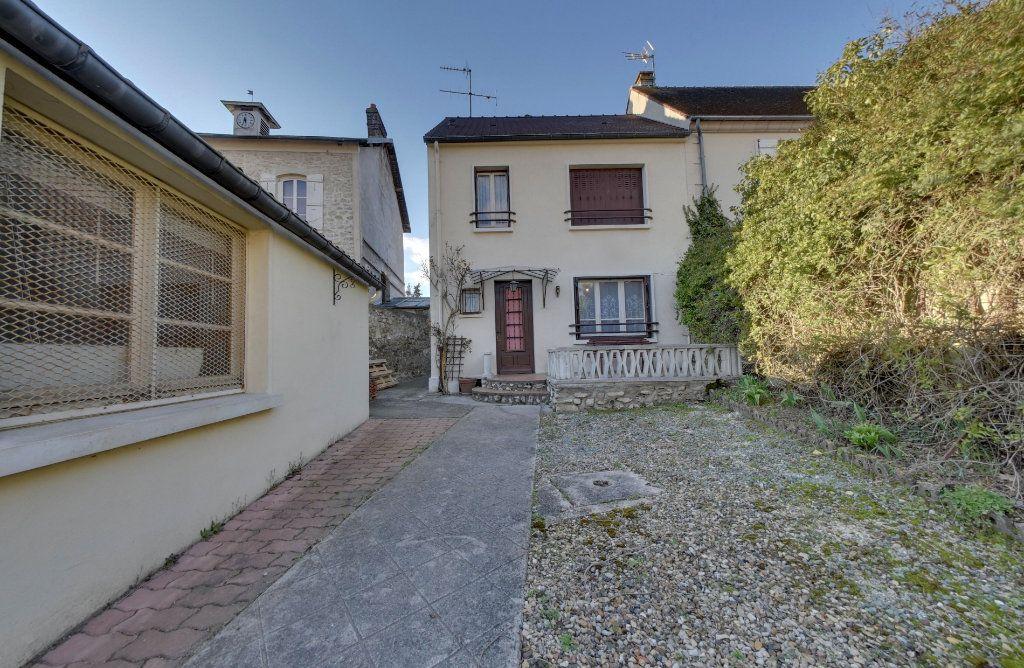 Maison à vendre 5 89m2 à Montagny-Sainte-Félicité vignette-1