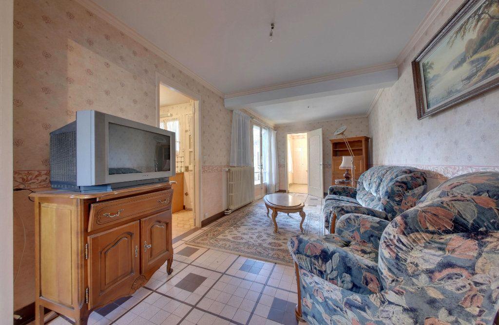Maison à vendre 5 89m2 à Montagny-Sainte-Félicité vignette-3