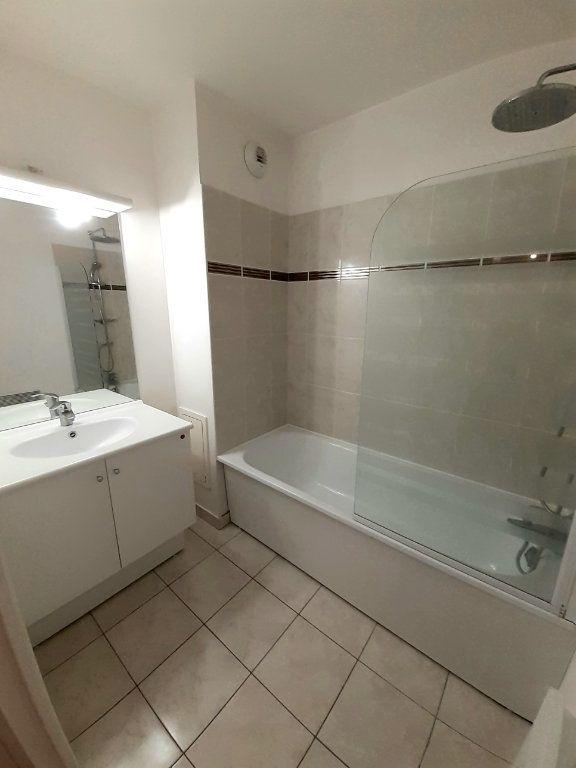 Appartement à louer 3 60m2 à Nanteuil-le-Haudouin vignette-3