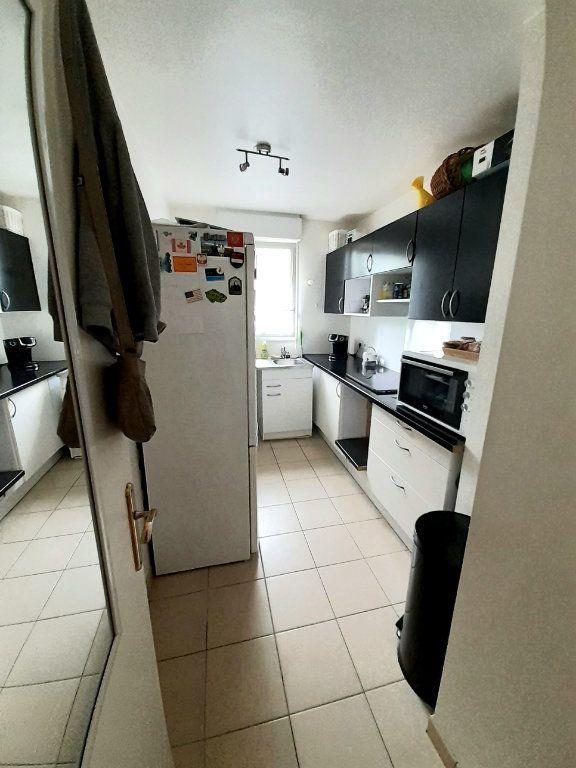 Appartement à louer 3 60m2 à Nanteuil-le-Haudouin vignette-4