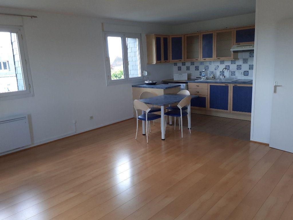 Appartement à louer 2 49.78m2 à Senlis vignette-2