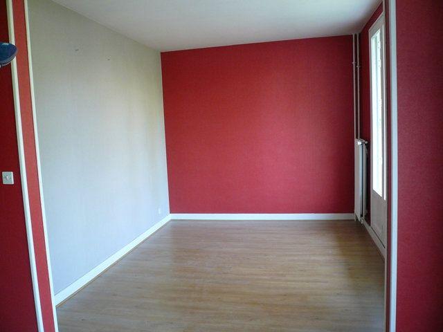 Appartement à louer 3 74m2 à Senlis vignette-2