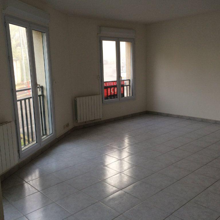 Appartement à louer 2 41.45m2 à Dammartin-en-Goële vignette-2