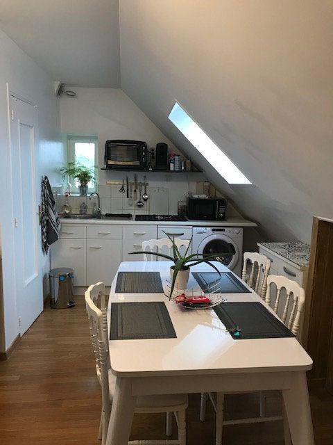Appartement à louer 2 23.76m2 à Le Plessis-Belleville vignette-1