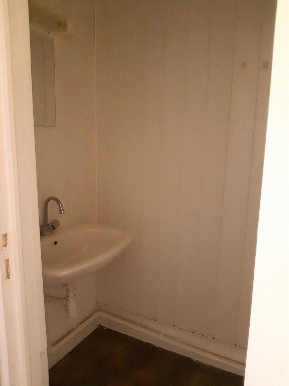 Appartement à louer 1 31.86m2 à Rouvres vignette-4