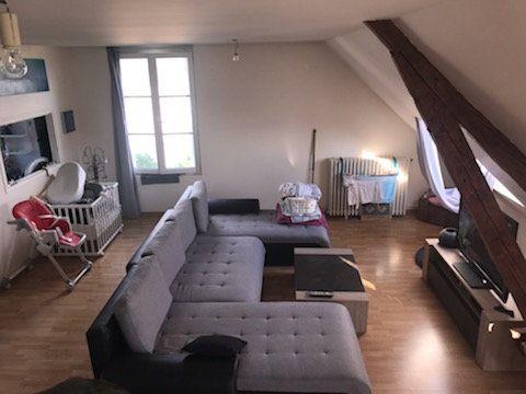 Appartement à louer 4 101.46m2 à Le Plessis-Belleville vignette-1
