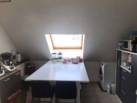 Appartement à louer 4 101.46m2 à Le Plessis-Belleville vignette-2