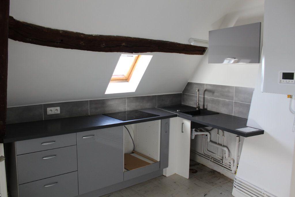 Appartement à louer 3 54.8m2 à Senlis vignette-2