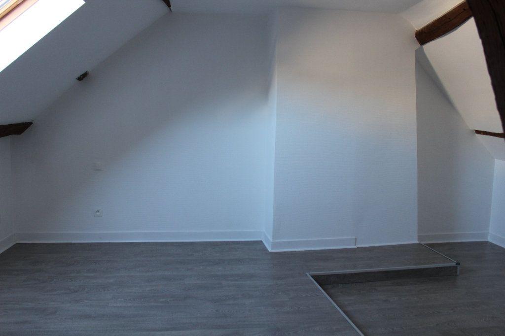 Appartement à louer 3 54.8m2 à Senlis vignette-4