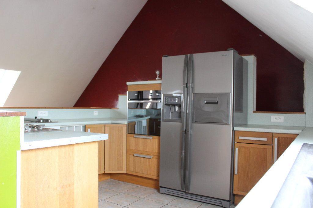 Appartement à louer 4 119.78m2 à La Chapelle-en-Serval vignette-3