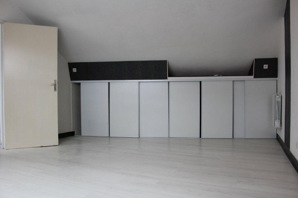 Appartement à louer 4 119.78m2 à La Chapelle-en-Serval vignette-7