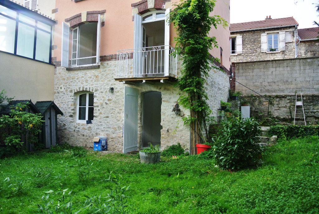 Maison à louer 5 108.71m2 à Senlis vignette-13