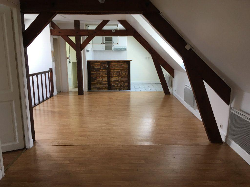 Appartement à louer 2 48.46m2 à Senlis vignette-1