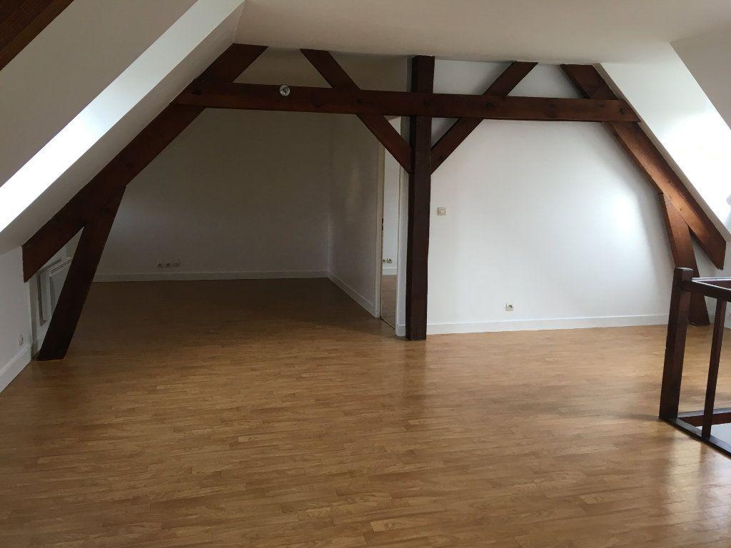 Appartement à louer 2 48.46m2 à Senlis vignette-2