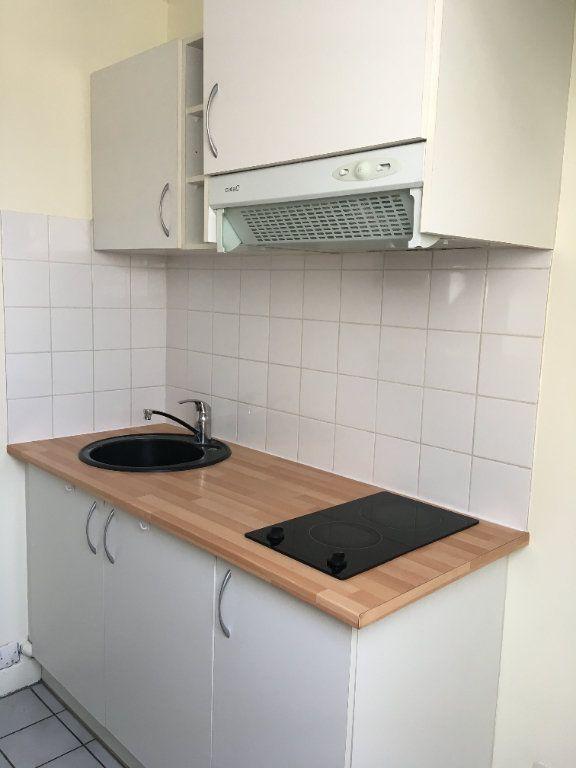 Appartement à louer 2 48.46m2 à Senlis vignette-3