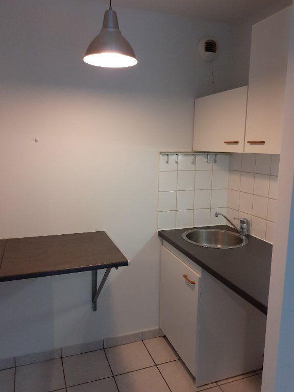 Appartement à louer 1 28.9m2 à Senlis vignette-3
