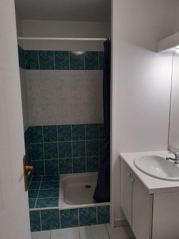 Appartement à louer 1 28.9m2 à Senlis vignette-4