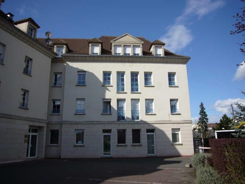 Appartement à louer 3 55.93m2 à Senlis vignette-1
