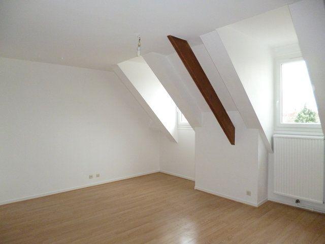 Appartement à louer 2 43.96m2 à Senlis vignette-1