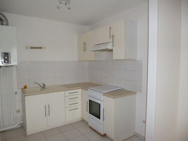 Appartement à louer 2 43.96m2 à Senlis vignette-3