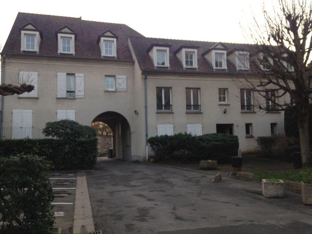 Appartement à louer 1 30.47m2 à Senlis vignette-1
