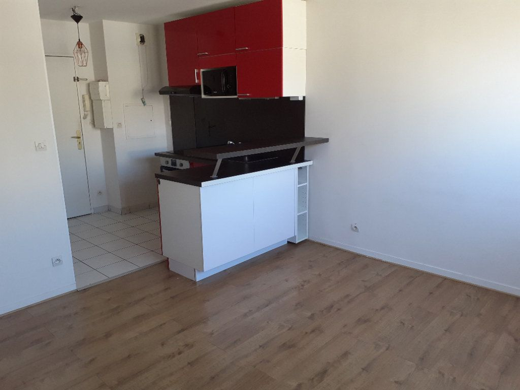 Appartement à louer 2 31.23m2 à Senlis vignette-1