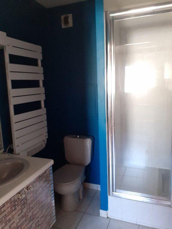 Appartement à louer 2 31.23m2 à Senlis vignette-4