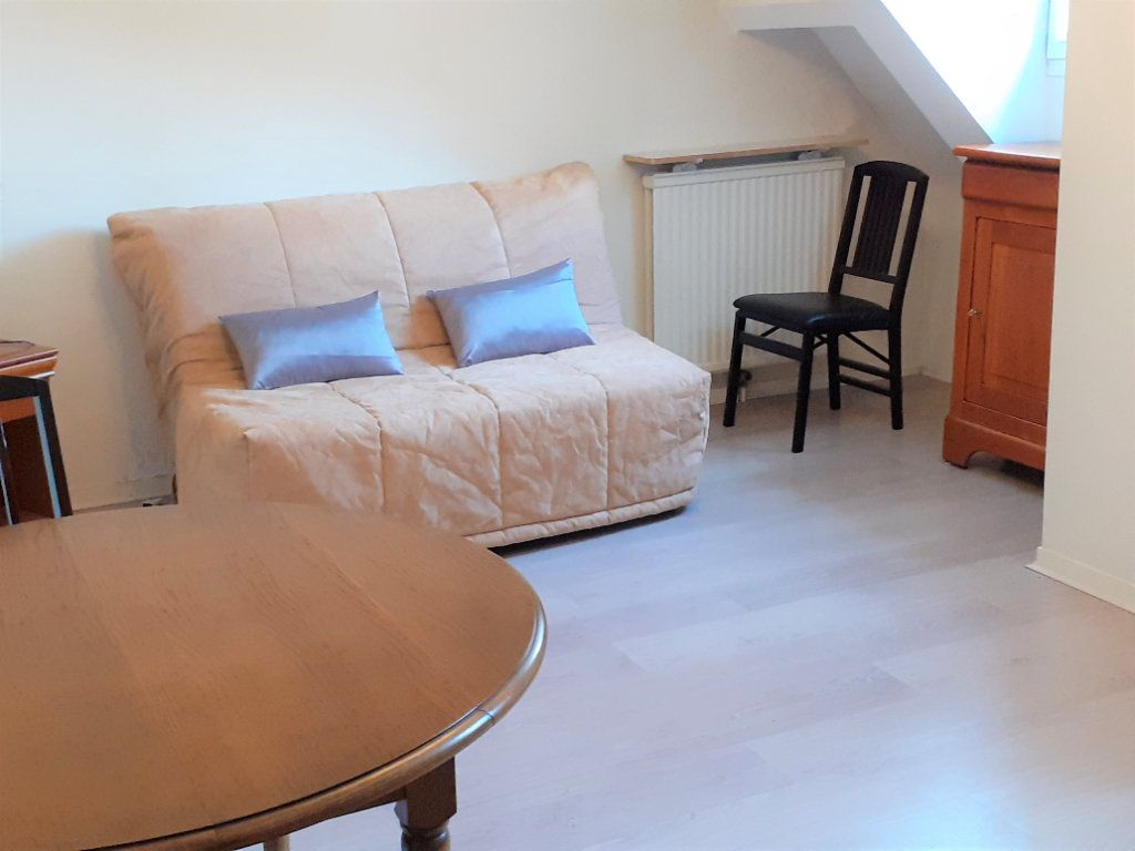 Appartement à louer 1 26.33m2 à Senlis vignette-1