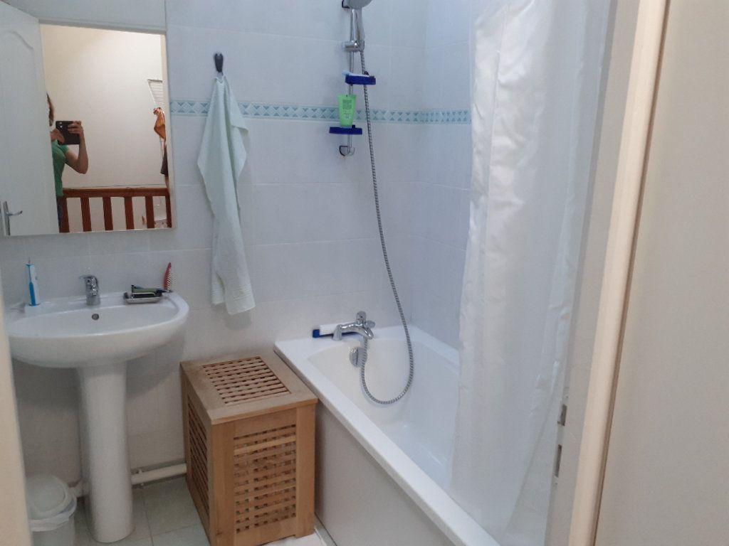 Appartement à louer 2 35m2 à Orry-la-Ville vignette-4