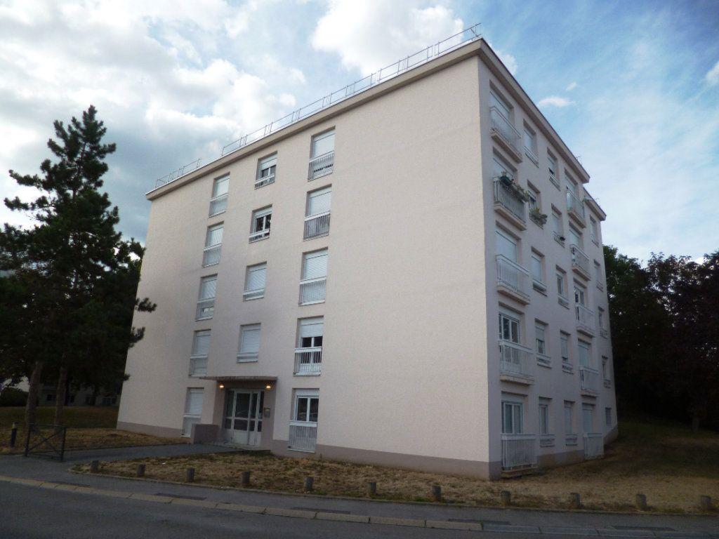 Appartement à louer 2 49.27m2 à Senlis vignette-2