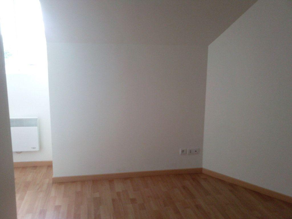 Maison à louer 3 63.18m2 à Ver-sur-Launette vignette-4
