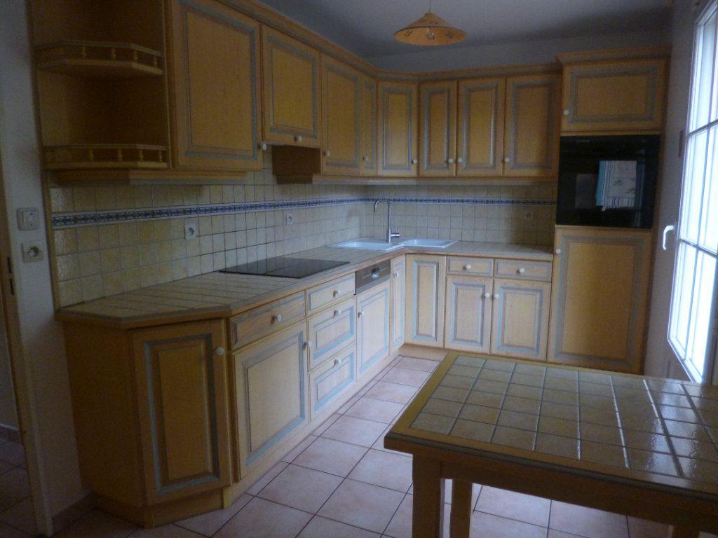 Maison à louer 5 105.35m2 à Senlis vignette-3