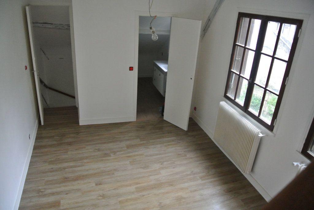 Appartement à louer 2 39.41m2 à Senlis vignette-1