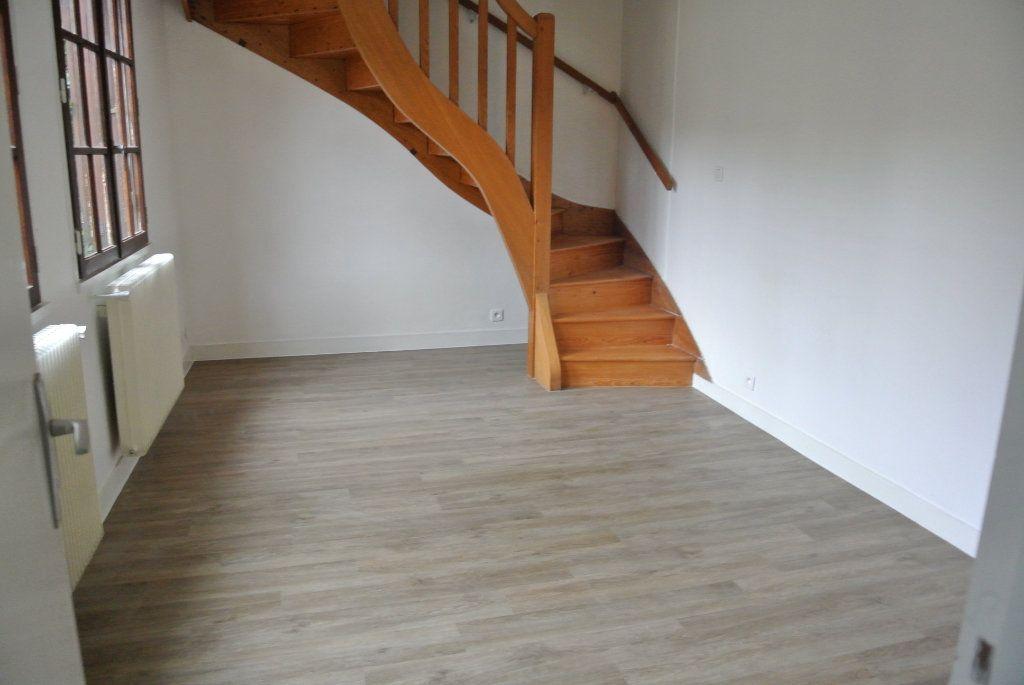 Appartement à louer 2 39.41m2 à Senlis vignette-2