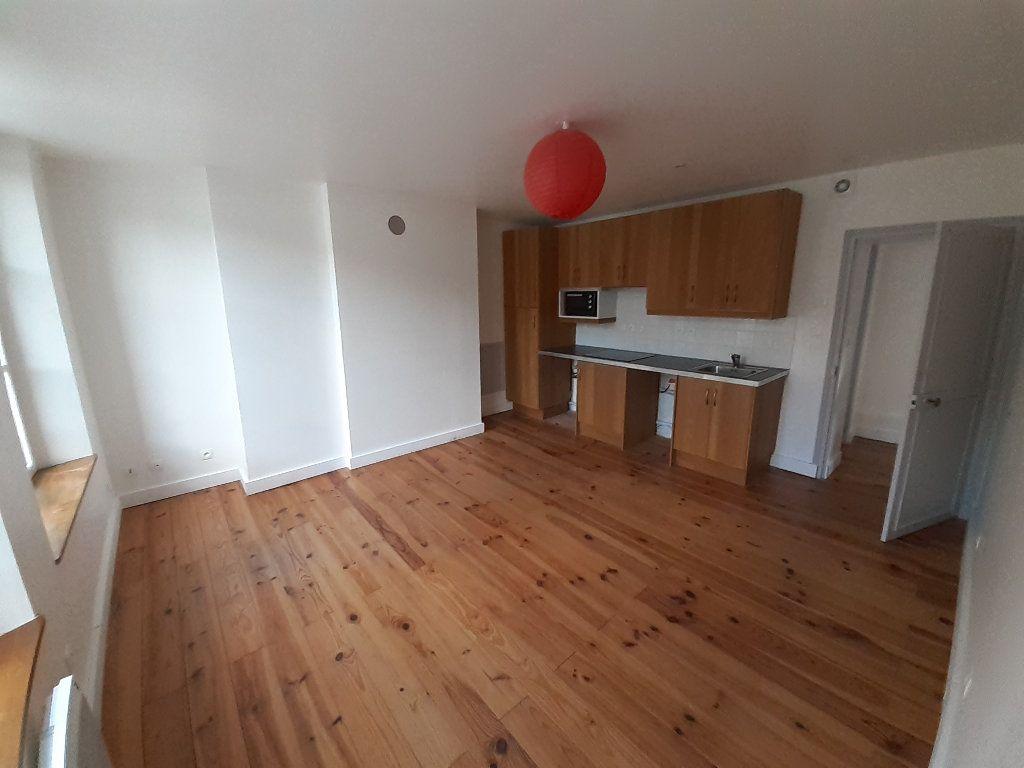 Appartement à louer 2 49.4m2 à Ermenonville vignette-1