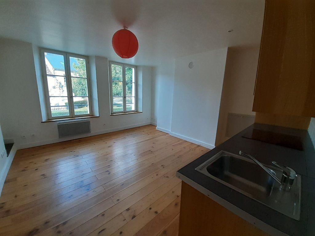 Appartement à louer 2 49.4m2 à Ermenonville vignette-2