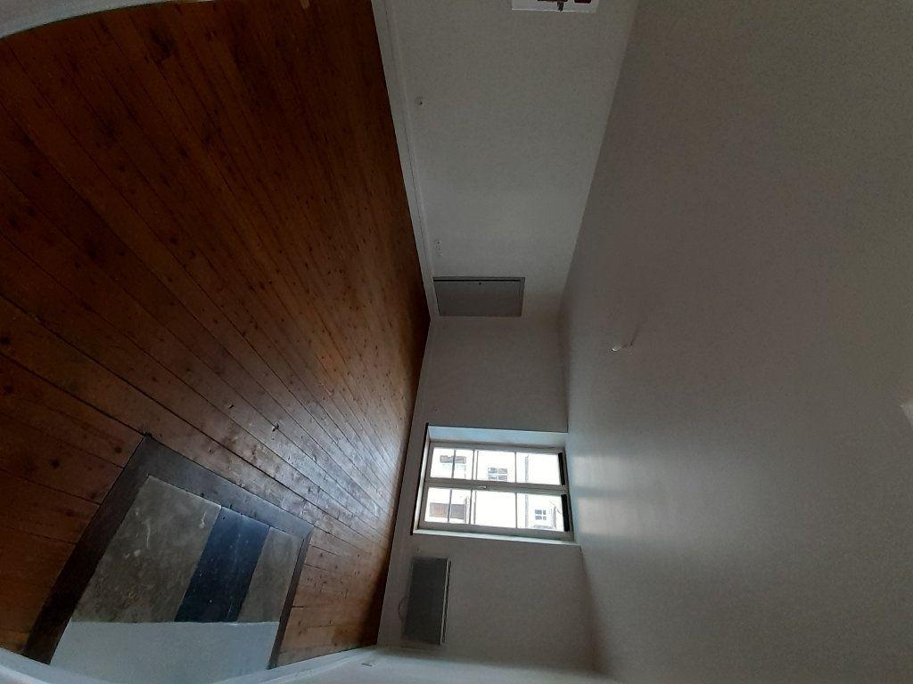 Appartement à louer 2 49.4m2 à Ermenonville vignette-3