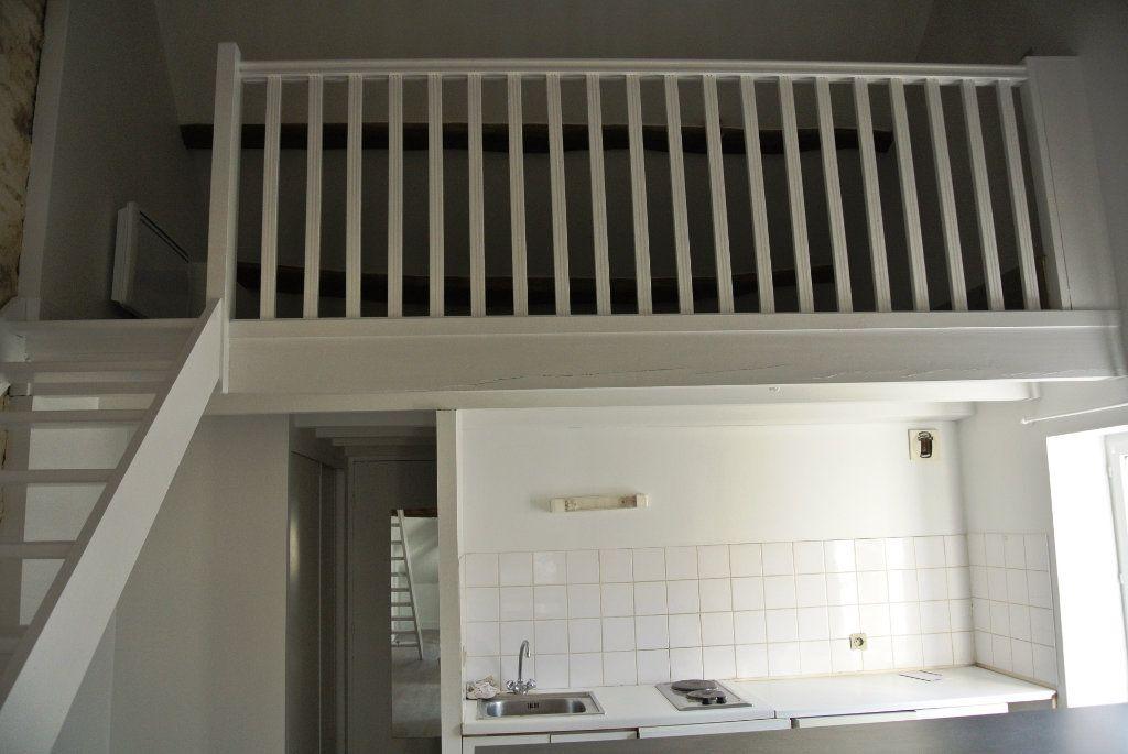 Appartement à louer 2 25.84m2 à Senlis vignette-3