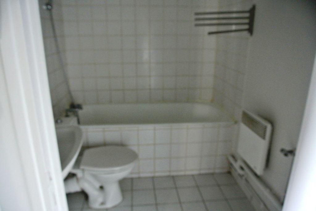 Appartement à louer 2 25.84m2 à Senlis vignette-4