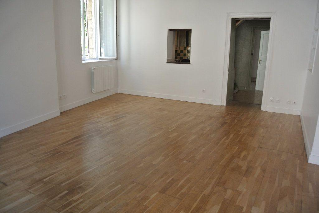 Appartement à louer 2 49.94m2 à Senlis vignette-1