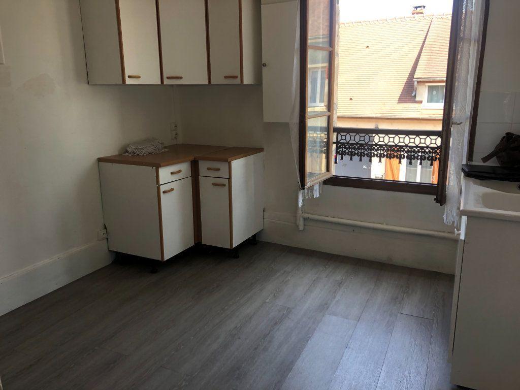 Appartement à louer 3 58.32m2 à Pontarmé vignette-2