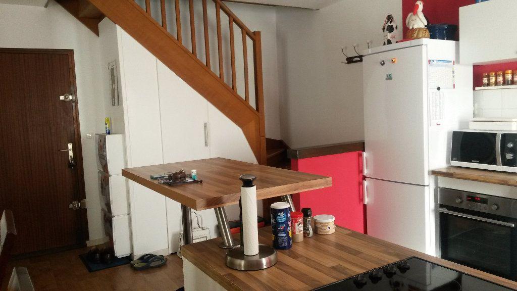 Appartement à louer 3 60.53m2 à Baron vignette-5