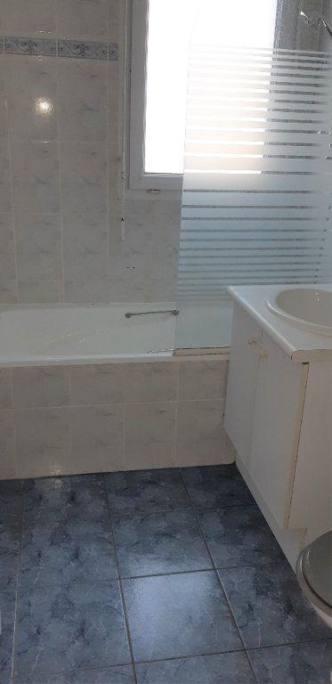 Appartement à louer 2 39.4m2 à La Chapelle-en-Serval vignette-4