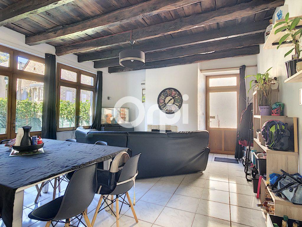 Maison à vendre 6 114m2 à Sainte-Fortunade vignette-3