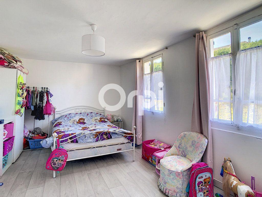 Maison à vendre 6 114m2 à Sainte-Fortunade vignette-5