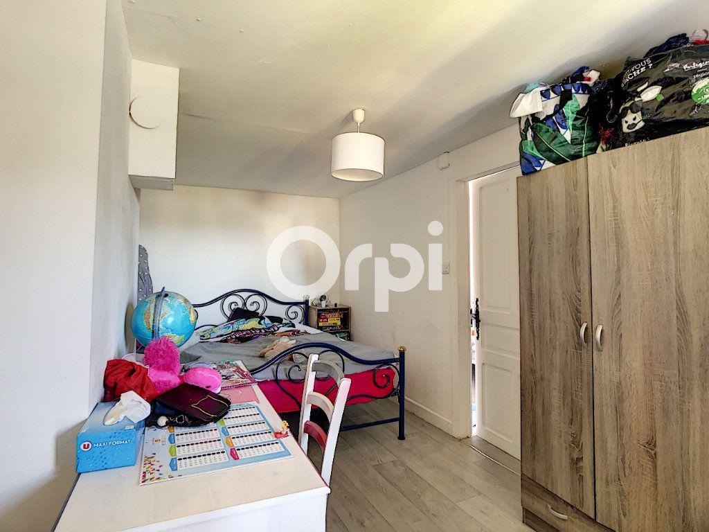 Maison à vendre 6 114m2 à Sainte-Fortunade vignette-9