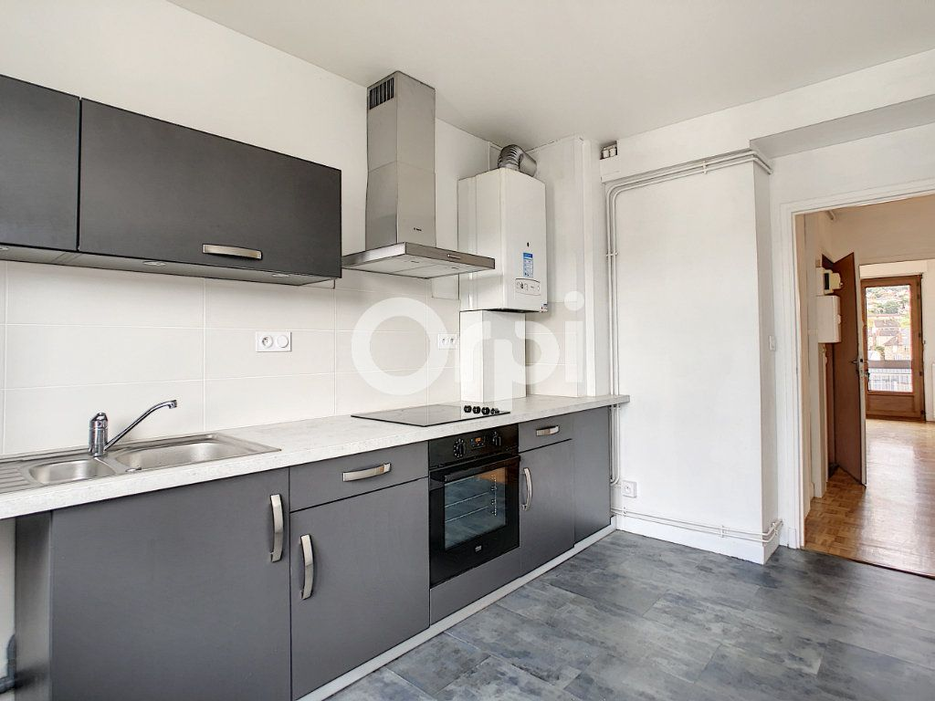 Appartement à louer 3 62.39m2 à Brive-la-Gaillarde vignette-5