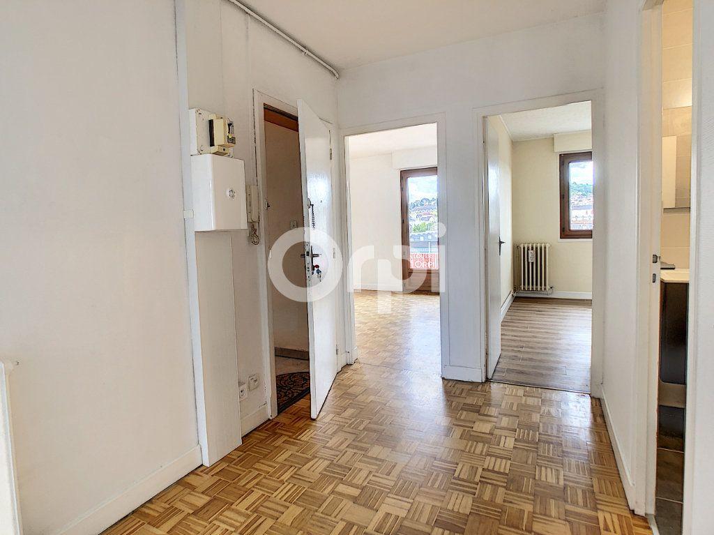 Appartement à louer 3 62.39m2 à Brive-la-Gaillarde vignette-8